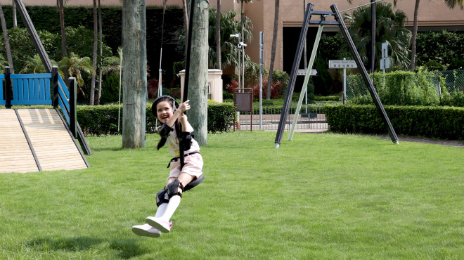 The Hong Kong Gold Coast Zipline is equipped with two length options for adults and kids